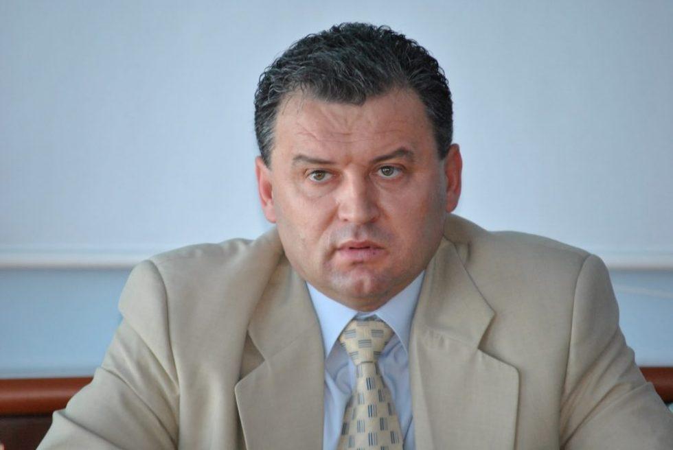 Cu o opoziție vraiște, mai mult decât divizată, cu lideri slabi, PSD jubilează